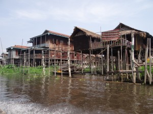Inle-Inlay-Lake-Houses