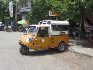 Myanmar-Burma-mini-taxi