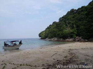 Island-Exploration-Malaysia-Bidong